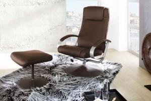 Ein zweiteiliger TV-Sessel mit Hocker hat seine Vorteile. Foto: Hersteller
