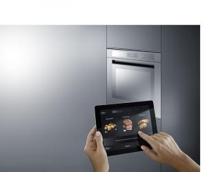 Das Bauknecht-System vernetzt ebenfalls Haushaltsgeräte über WLAN und steuert gleichzeitig die Geräte über intelligente Stromnetze. Foto: Bauknecht