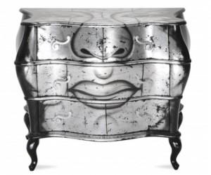 Bitte lächeln: Diese Kommode ist nicht nur barock - sie ist auch witzig. Foto: Hersteller